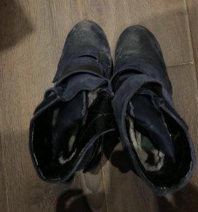 Зимние женские ботинки б/у