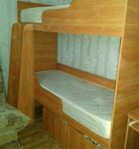 2хярусная кровать с матрасами