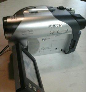 Видеокамера Sony DVD 2 шт.Обмен.