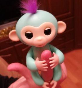 Обезьянка fingerlings monkey.