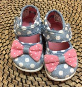 Туфли, сандали для девочек