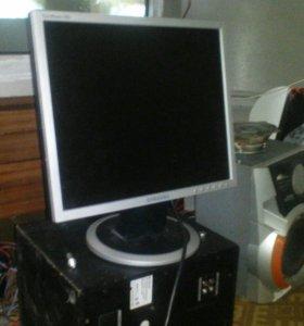 Продам монитор на запчасти samsung