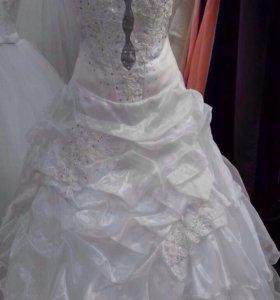 Свадебное платье р 42-48