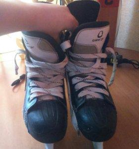 Коньки хоккейные iseberger (43 размер)