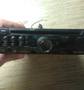 Магнитола Sony с AUX