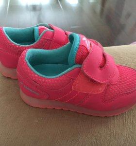 Кроссовки для девочки Demix