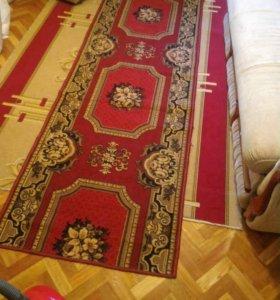 Дорожка красная ковровая