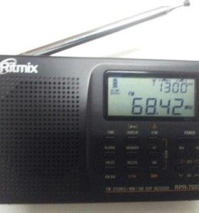 Радиоприемник Цифровой Ritmix RPR-7020