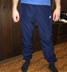 Новые спортивные штаны Adidas  AB7085