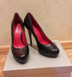 Туфли женские + босоножки в подарок