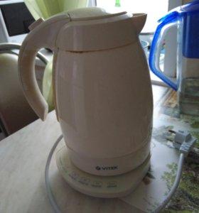 Чайник электрический сенсорный.