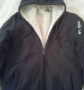 Куртка женскач