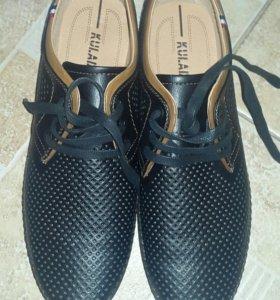Мужские новые туфли