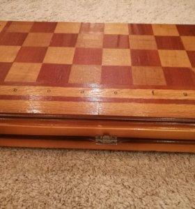 Доска для шахмат и шашек