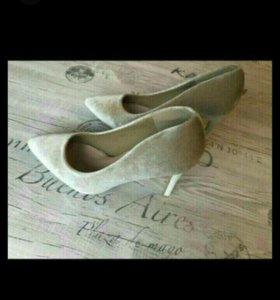 Новые туфли размер 37