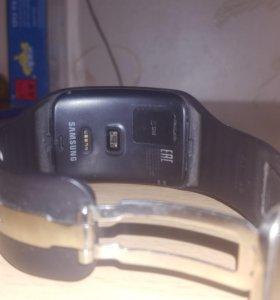 Умные часы samsung Gear s