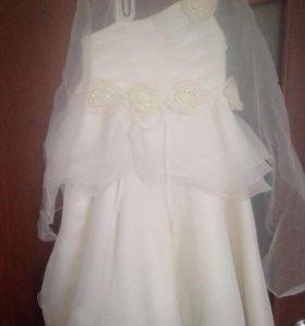 Красивое платье на девочку 5-7 лет торг