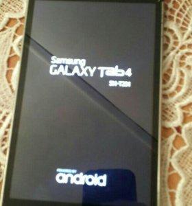 Планшет Galaxy Tab 4