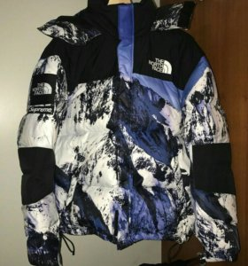 Supreme x The North Face Mountain Baltoro Jacket