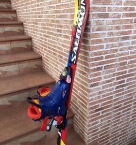 Горнолыжные ботинки, лыжи, крепления детские