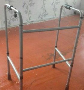 Ходунки для инвалидов(торг)