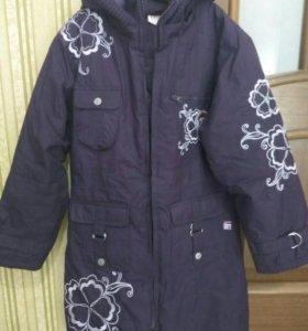 Пальто для девочки, 122-128.