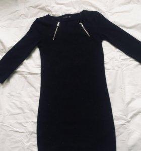 Чёрное платье Sinsay 42р
