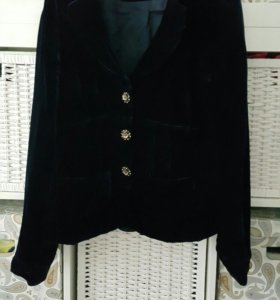 Пиджак бархотный