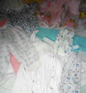 Пакет детской одежды для девочки от 3до 6месяцев