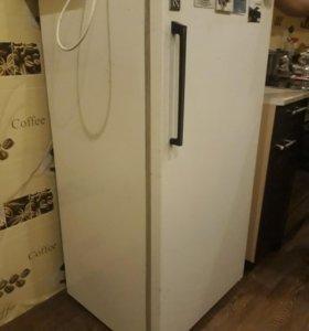 Продам холодильник Бирюса 2