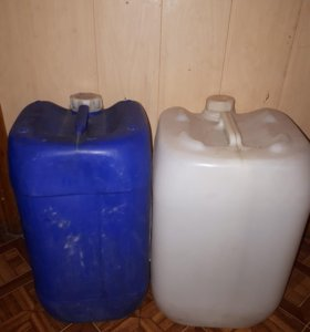 Канистры под питьевую воду б/у