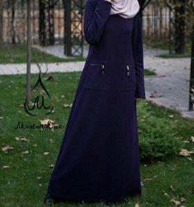 Прямое тёплое платье