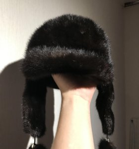 Женская норковая шапка с ушками