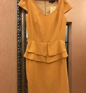 Платье жёлтое креповое