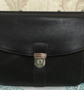Портфель мужской чёрный с папкой