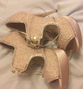 Новые Туфли Loriblu