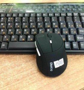 Беспроводная клавиатура с беспроводной мышью