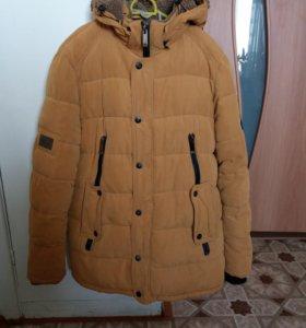 Продаем зимнюю куртку