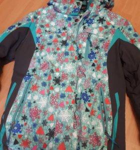 Горнолыжная куртка горнолыжка