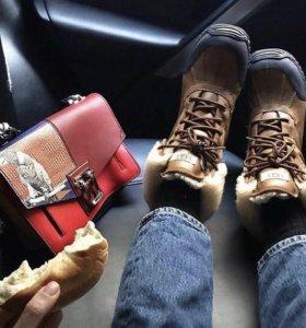 Зимние ботинки UGG