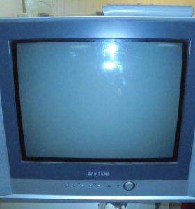 Продаю телевизор Samsung