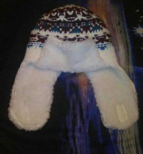 Зимняя шапка.