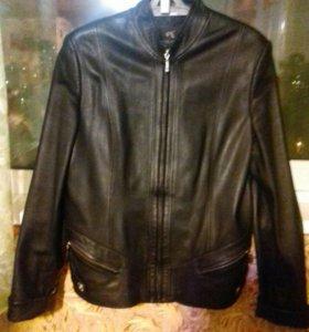 Кожаная куртка б/у 46-48р .