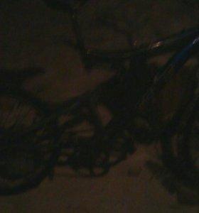 Продаю велосипед рейсер