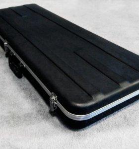 Кейс электрогитары. Не продается без гитары.