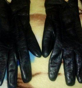 Кожение перчатки