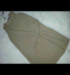 Платье на 42-44 размер