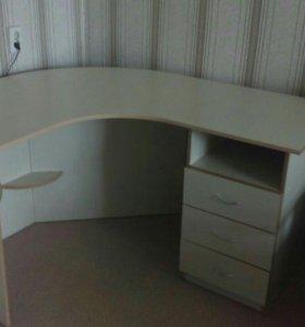 Компьютерный стол длина столешницы 1.40/1.20
