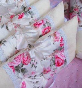 Бортики -подушки в кроватку