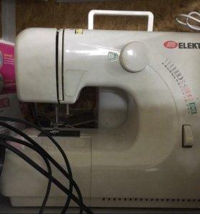 Швейная машина Elekta